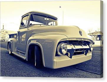 Ford Nostalgia Canvas Print by Vorona Photography