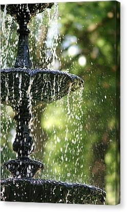 Canvas Print featuring the photograph Fountain At Capitol Square by Suzanne Powers