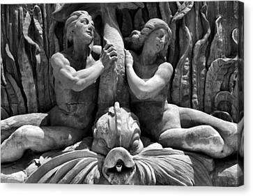 Fountain Statuary Canvas Print