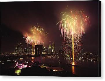 Fourth Of July Fireworks Over New York Canvas Print