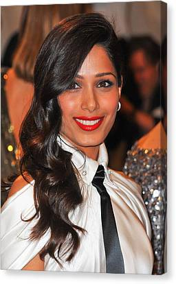 Freida Pinto At Arrivals For Alexander Canvas Print