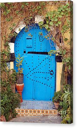 Canvas Print featuring the photograph Friendship Door by Eva Kaufman