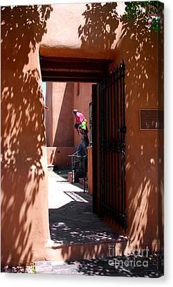 Pueblo Architecture Canvas Print - Garden Sculptures Museum Of Art In Santa Fe Nm by Susanne Van Hulst
