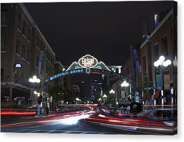 Canvas Print - Gas Lamp Disctrict by Benjamin Street