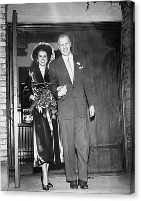 Gerald And Betty Ford Walk Out Of Grace Canvas Print by Everett