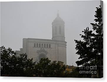 Girona Foggy Morning 02 Canvas Print