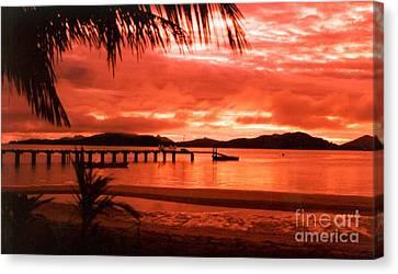 Golden Glow Of Yasawa Islands Fiji Canvas Print