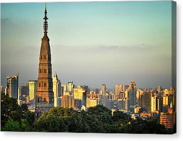 Golden Hour At Baochu Canvas Print by Andy Brandl