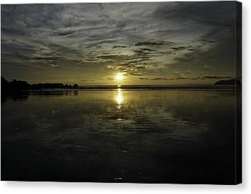 Golden Sunset 7188 Canvas Print by Sortarivs Arts