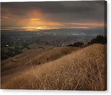 Golden Sunset Over San Francisco Bay Canvas Print by Sean Duan