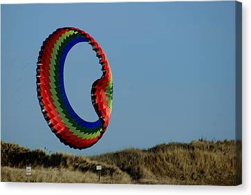 Good Day For A Kite Canvas Print by Lois Lepisto