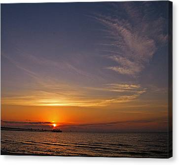 Canvas Print featuring the photograph Good Morning by Brian Wright