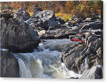 Grace Under Pressure On The Potomac River At Great Falls Park Canvas Print
