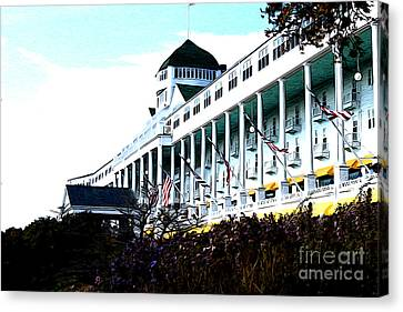 Grand Hotel Mackinac Island Canvas Print by Anne Raczkowski