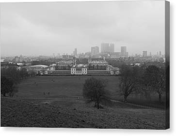 Canvas Print featuring the photograph Greenwich View by Maj Seda