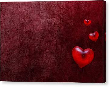 Grunge Hearts Canvas Print by Laura Melis