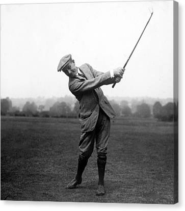 Canvas Print featuring the photograph Harry Vardon Swinging His Golf Club by International  Images