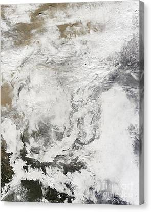 Heavy Snowfall In China Canvas Print by Stocktrek Images