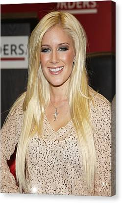 Heidi Montag At In-store Appearance Canvas Print by Everett