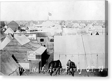 Hells Half Acre, Perry, Oklahoma Canvas Print by Everett