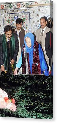 Hillary Clinton Lays A Wreath Canvas Print