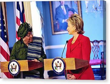 Hillary Clinton Meets With Liberian Canvas Print