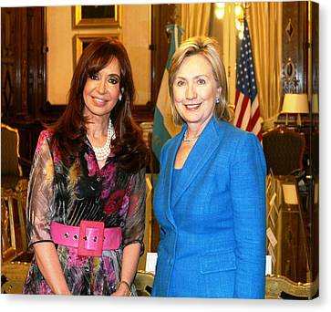 Hillary Clinton Poses With Argentine Canvas Print by Everett