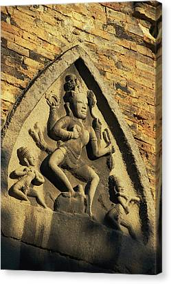 Hindu-influenced Art Above The Entrance Canvas Print by Steve Raymer