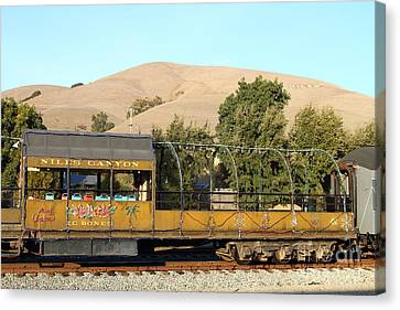 Historic Niles Trains In California . Old Niles Canyon Train . 7d10845 Canvas Print