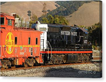 Historic Niles Trains In California . Old Southern Pacific Locomotive And Sante Fe Caboose . 7d10850 Canvas Print