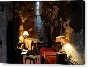 Historic Prison Cell Of Al Capone Canvas Print by Gary Whitton