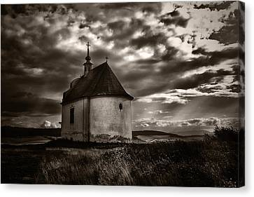 Holy Cross Chapel Canvas Print by Tom Bell