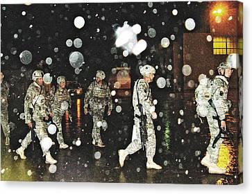 Homecoming 2009 Canvas Print by Sarah Loft