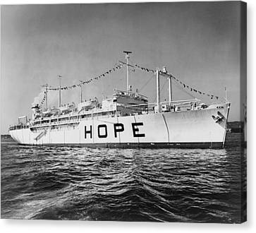 Hospital Ship, S.s. Hope , 15,000-ton Canvas Print by Everett