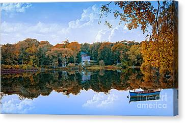 Hoxie Pond Canvas Print by Gina Cormier