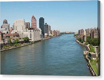 Hudson River, New York City Canvas Print by Thepurpledoor