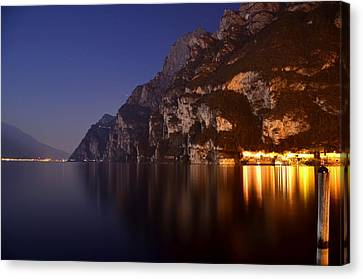 Il Lago Di Notte Canvas Print by Martina Fagan