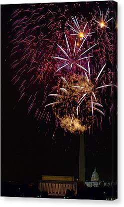 Independence Day In Dc 4 Canvas Print by David Hahn