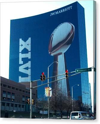 Indianapolis Marriott Trubute To Super Bowl 46 Canvas Print