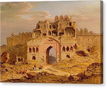 Inside The Main Entrance Of The Purana Qila - Delhi Canvas Print by Robert Smith