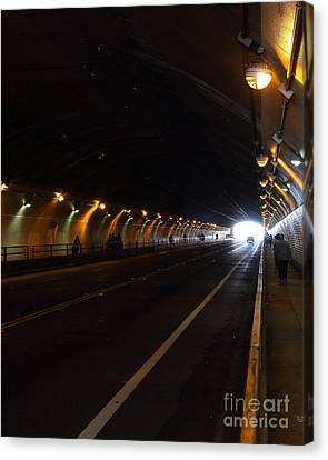 Inside The Stockton Street Tunnel In San Francisco . 7d7363.2 Canvas Print by Wingsdomain Art and Photography
