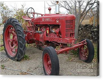 International Harvester Mccormick Farmall Farm Tractor . 7d10322 Canvas Print by Wingsdomain Art and Photography
