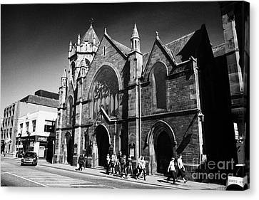 Inverness East Church Highland Scotland Uk Canvas Print by Joe Fox