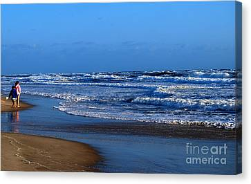 Canvas Print featuring the photograph It's A Big Ocean Out There by Linda Mesibov