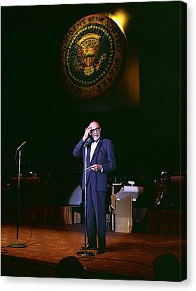 Jack Benny Performs For A Democratic Canvas Print by Everett