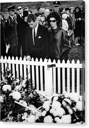 Jacqueline Kennedy And Attorney General Canvas Print
