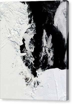 January 18, 2010 - Ross Sea, Antarctica Canvas Print by Stocktrek Images