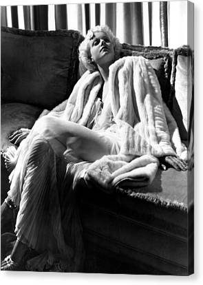 Jean Harlow In A White Gown And White Canvas Print by Everett