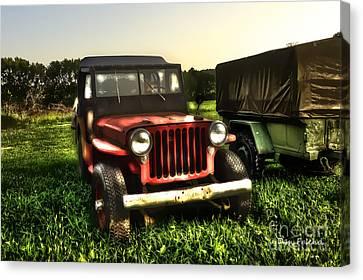 Jeep Seen Better Days Canvas Print by Dan Friend