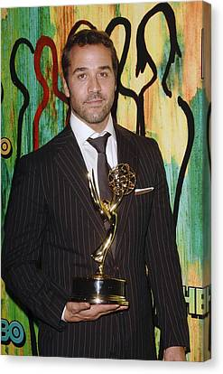 Jeremy Piven At Arrivals For Hbo Emmy Canvas Print by Everett